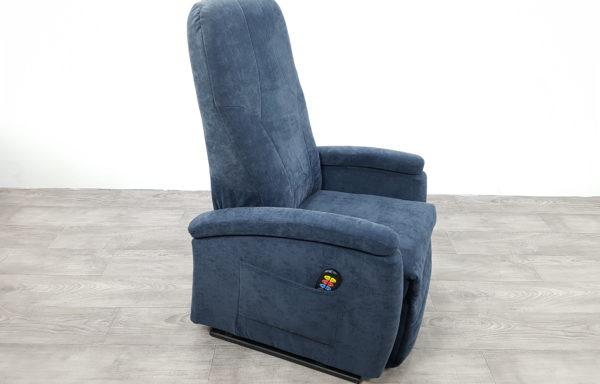 #327 – Sta-op stoel 570 blauw. € 45,- per maand