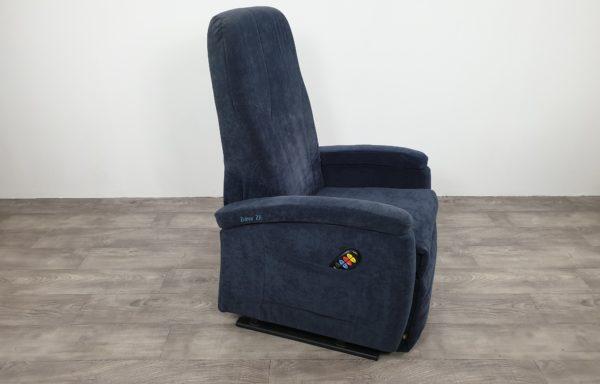 #625 Sta-op stoel 570, blauw € 45,- per maand