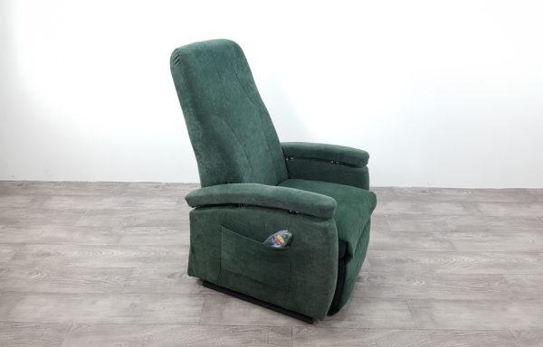 #396 – Sta-op stoel 570 groen. € 45,- per maand