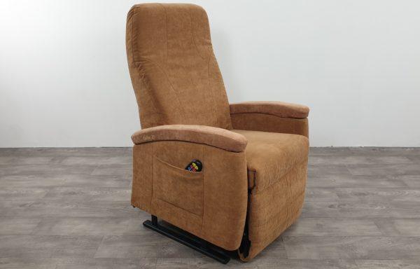 #428 – Sta-op stoel 570, 57cm. € 65,- per maand