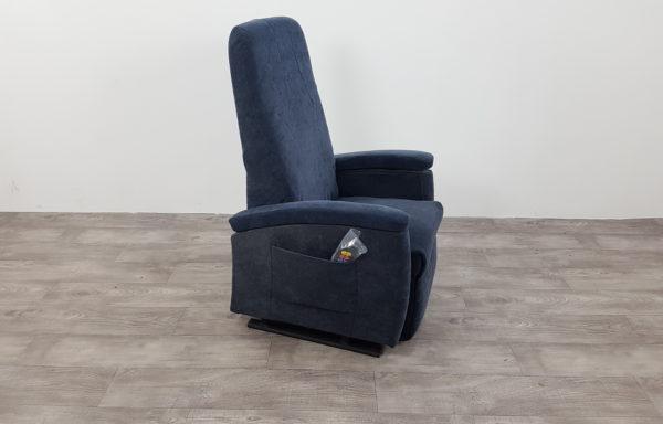 #434 – Sta-op stoel 570, 51cm blauw € 45,- per maand