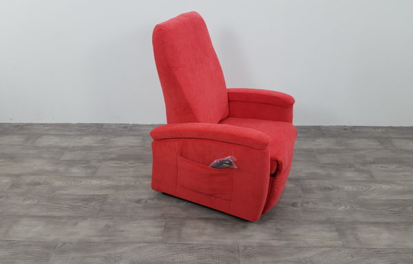 #281 – Sta-op stoel 571, 45cm rood. € 45,- per maand