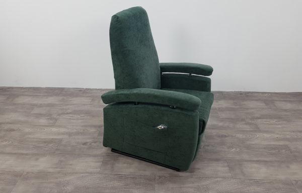 #442 – Sta-op stoel 571, groen. € 45,- per maand
