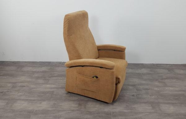 #386- Sta-op stoel 570, 57cm breed. € 65,- per maand