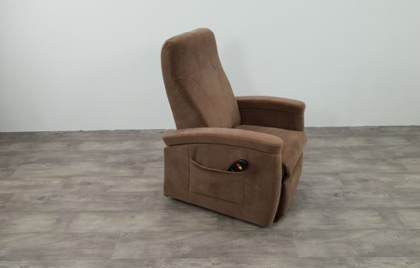 #229 – Sta-op stoel 571, 45cm bruin. 1 motorig 2013