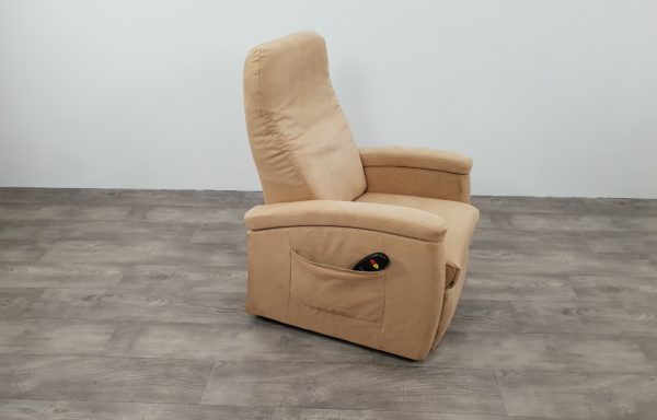 #229 – Sta-op stoel 571, 45cm beige. 1 motorig 2013