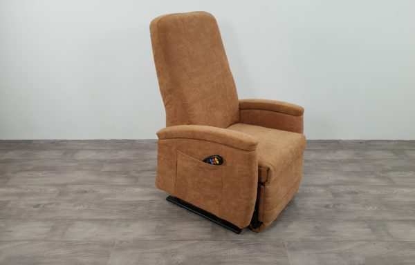 #383- Sta-op stoel 570, 57cm breed. € 65,- per maand