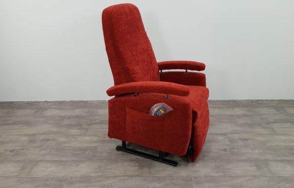 #476- Sta-op stoel vario 570 2016! rood. NIEUWE bekleding