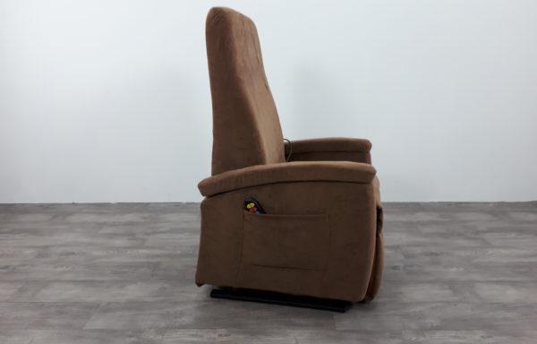 #486 – Sta-op stoel 570, 51cm, bruin € 45,- per maand