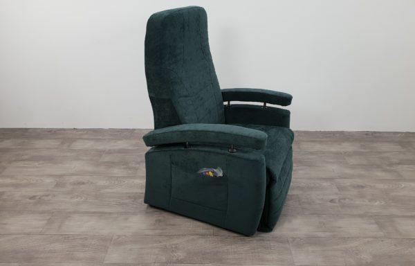 493 – Sta-op stoel vario 570 2016 – 57cm groen, nieuwe bekleding.