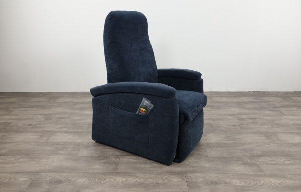 #518 – Sta-op stoel 571, 45cm. blauw. € 45,- per maand
