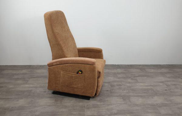 #536 – Sta-op stoel 570 zand smal uit 2018