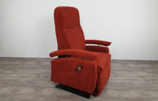 #600 Sta-op stoel 560 – 57cm, rood € 65,- pm