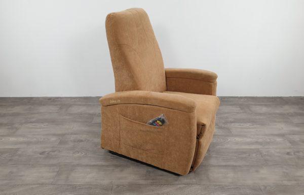 #610 – Sta-op stoel 571, zand € 45,- per maand